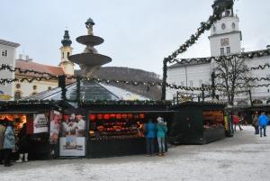 The Weinachtsmarkt in Salzburg, before the afternoon crowds.
