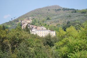 The medieval section of Collodi, and the villa Garzoni.