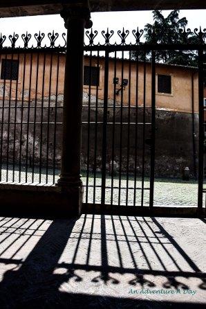 entrance to san grigorio_edited-1001